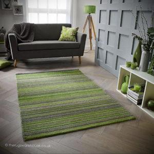зеленый ковер в интерьере 06.10.2019 №041 -green in the interior- design-foto.ru