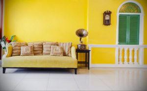 фото пример желтого цвета в интерьере 09.10.2019 №013 -yellow in interior- design-foto.ru