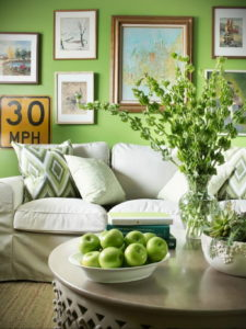 фото пример зеленого в интерьере 06.10.2019 №013 -green in the interior- design-foto.ru