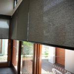 черные жалюзи в интерьере 19.09.2019 №047 - black blinds in the interior - design-foto.ru