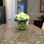 Фото Цветы в интерьере кухни от 26.09.2018 №029 - Flowers in the interior - design-foto.ru