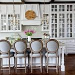 Фото Цветы в интерьере кухни от 26.09.2018 №044 - Flowers in the interior - design-foto.ru