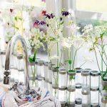 Фото Цветы в интерьере кухни от 26.09.2018 №048 - Flowers in the interior - design-foto.ru
