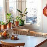 Фото Цветы в интерьере кухни от 26.09.2018 №053 - Flowers in the interior - design-foto.ru