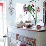 Фото Цветы в интерьере кухни от 26.09.2018 №085 - Flowers in the interior - design-foto.ru