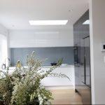 Фото Цветы в интерьере кухни от 26.09.2018 №116 - Flowers in the interior - design-foto.ru