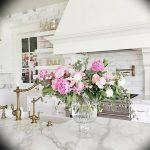 Фото Цветы в интерьере кухни от 26.09.2018 №127 - Flowers in the interior - design-foto.ru