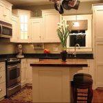 Фото Цветы в интерьере кухни от 26.09.2018 №130 - Flowers in the interior - design-foto.ru