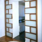 Фото Двери в интерьере квартиры 10.11.2018 №172 - Doors in the interior - design-foto.ru