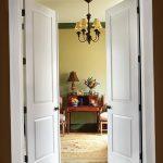 Фото Двери в интерьере квартиры 10.11.2018 №191 - Doors in the interior - design-foto.ru