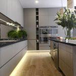 фото Интерьер современной кухни 21.01.2019 №054 - modern kitchen - design-foto.ru