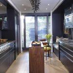 фото Интерьер современной кухни 21.01.2019 №212 - modern kitchen - design-foto.ru