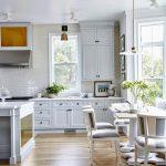 фото Интерьер современной кухни 21.01.2019 №244 - modern kitchen - design-foto.ru
