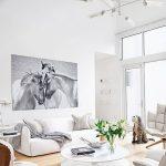 фото Светлый интерьер квартиры 16.11.2018 №047 - Bright interior apartment - design-foto.ru