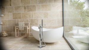 Фото бежевая ванна интерьер 14.08.2019 №022 - beige bathtub interior - design-foto.ru